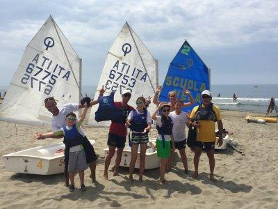 Scuola vela per bambini e ragazzi a Pietrasanta
