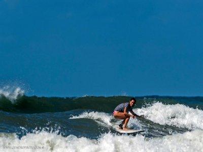 Corso di surf (5 ore) a Pietrasanta