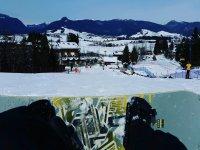 Uno sguardo con lo snowboard