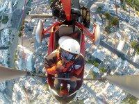 Selfie in deltaplano