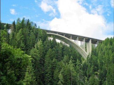 Bungee Jumping 192 metri dal ponte Europa 2ore30