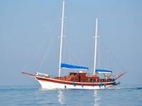 Il caicco in mare