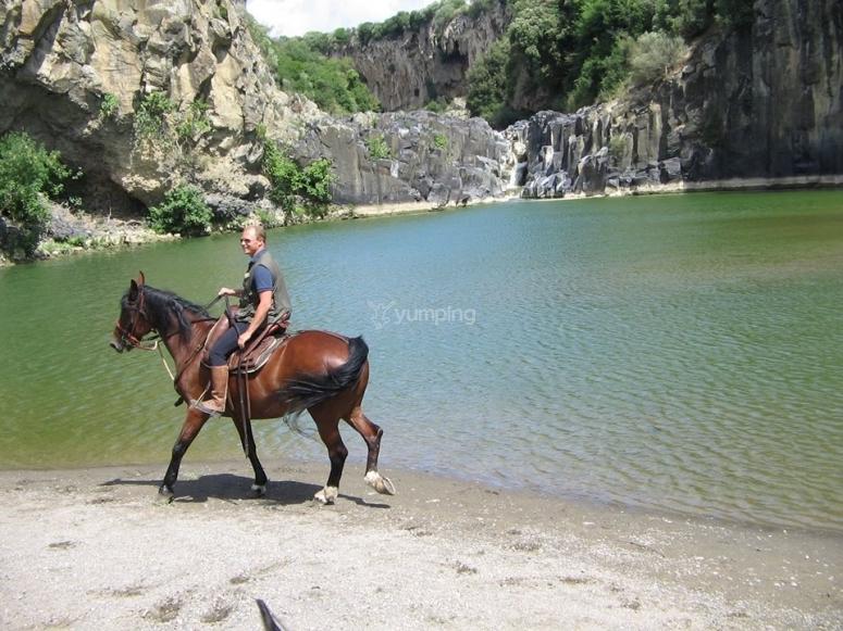 Immersi nella natura a cavallo