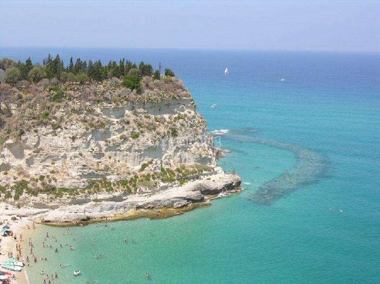 Le acque limpide della Calabria