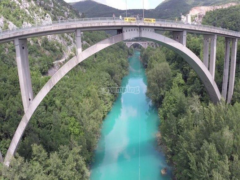 Il ponte per il bungee jumping
