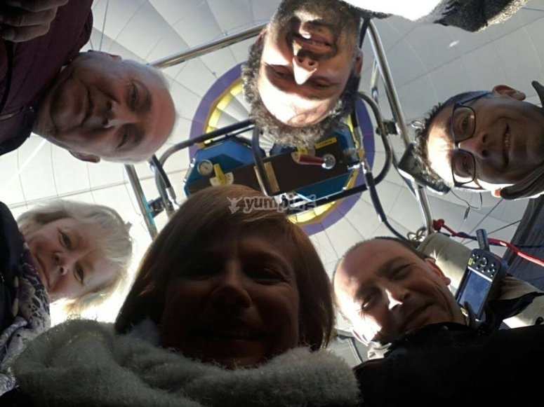 Foto di gruppo in volo