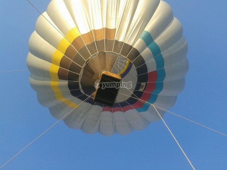 La mongolfiera in volo