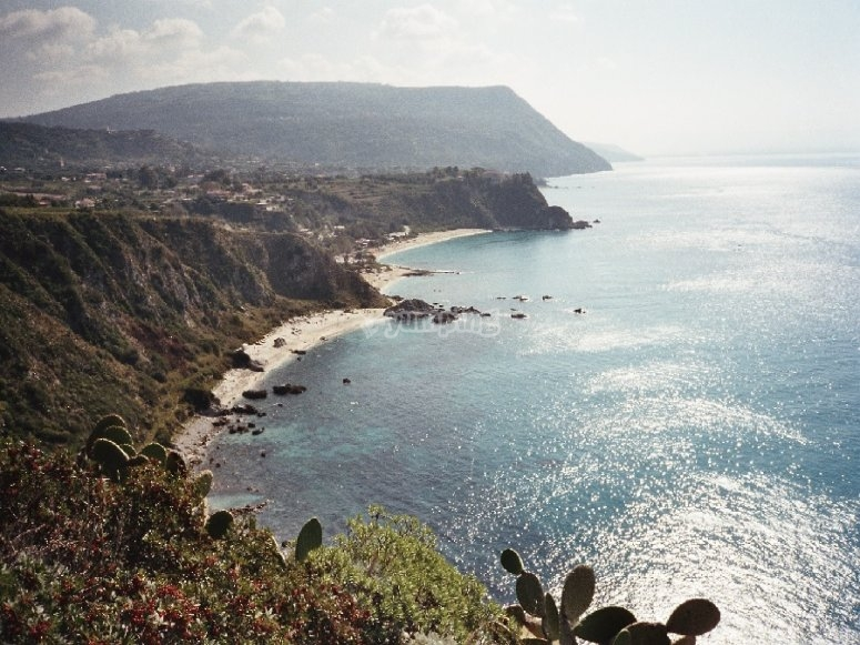 Capo Vaticano and its inlets