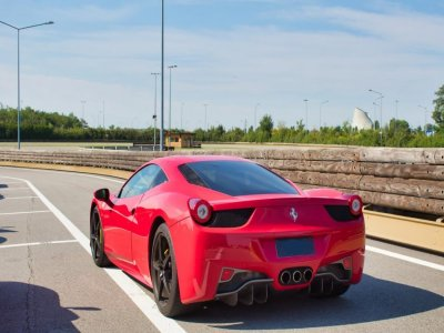 Two laps in a Ferrari 430 on the Levante racetrack