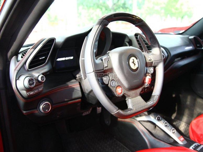 Volante della Ferrari