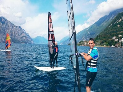 Noleggio windsurf 4 giorni a Malcesine