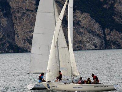 Corso di prova barca a vela (2 ore) a Malcesine