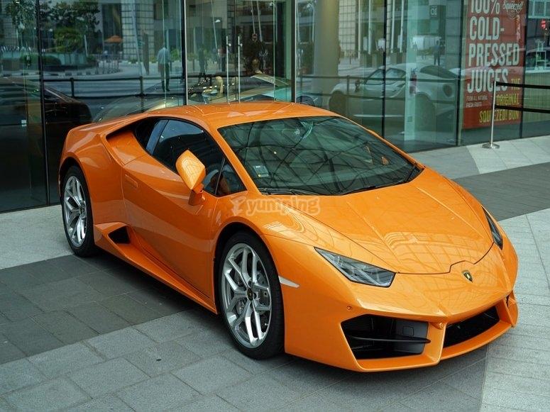 Bellissima Lamborghini arancione