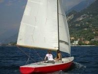 Noleggio barca a vela Laser R14 (2h), Malcesine