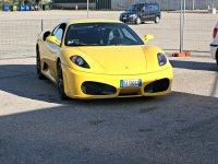 Meravigliosa Ferrari gialla