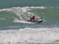Canoa tra le onde