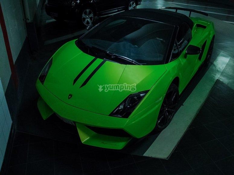 Lamborghini verde