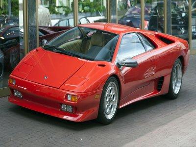 Cinque giri in Lamborghini sul circuito di Jesolo