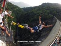 Bungee Jumping dalla diga
