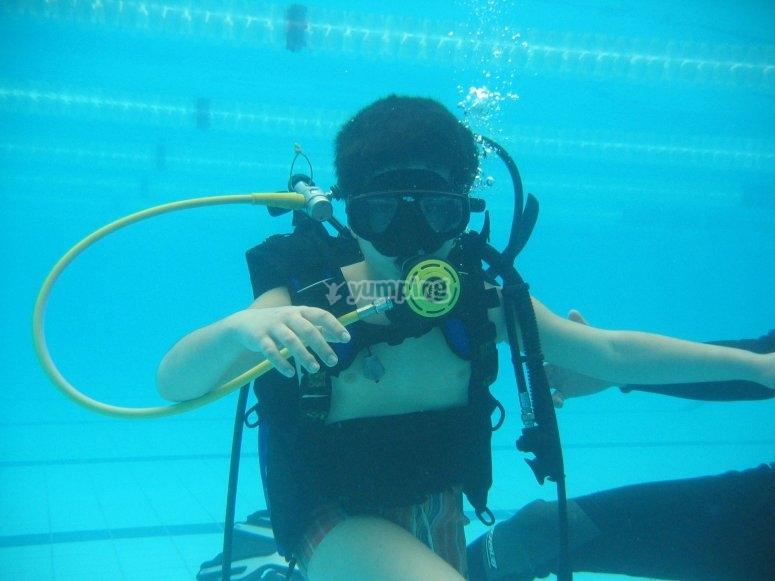 Vieni a immergerti con noi