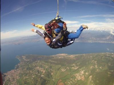 Lancio in paracadute con video a Thiene 1 ora
