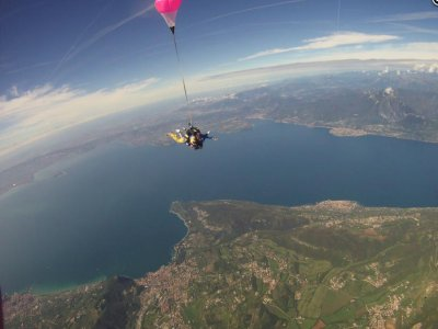 Lancio paracadute tandem con foto e video, Vicenza