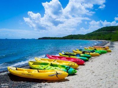 Noleggio kayak sull'isola delle Femmine per 2 ore