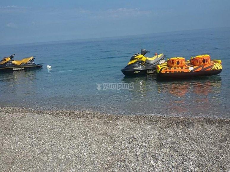Le nostre moto d'acqua ti aspettano