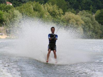 Water Ski Flamenco Beach 15 minutes