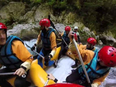 Rafting Classic in the Lao river, 2 hours of navigation