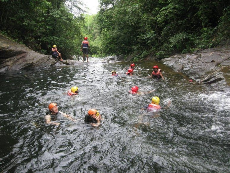 Canyoning in Lao
