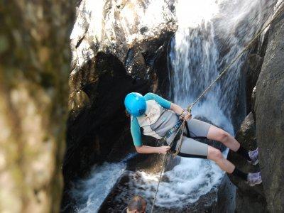 Canyoning nel Fiume Mulino (4 ore)