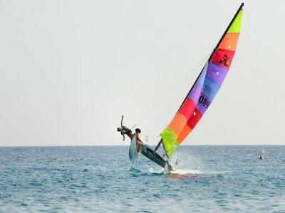 Noleggio catamarano (1h) a Bordighera