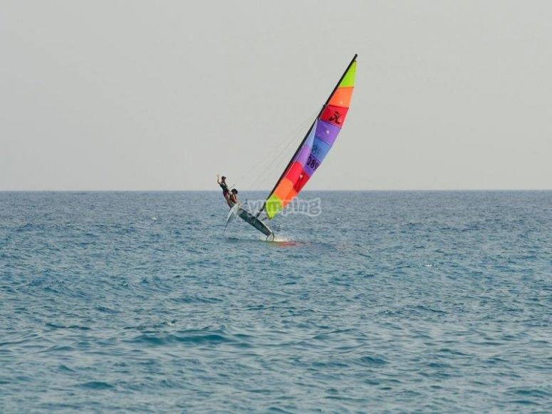 Al largo con il catamarano