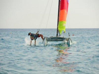 Lezione privata di catamarano (1h) a Bordighera