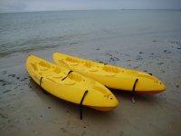Kayak in spiaggia