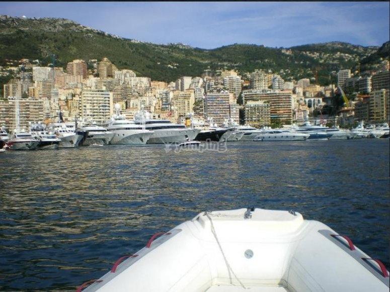 Entrando al porto di Monaco