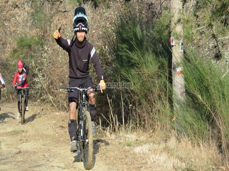 Escursione in bici sulle colline toscane