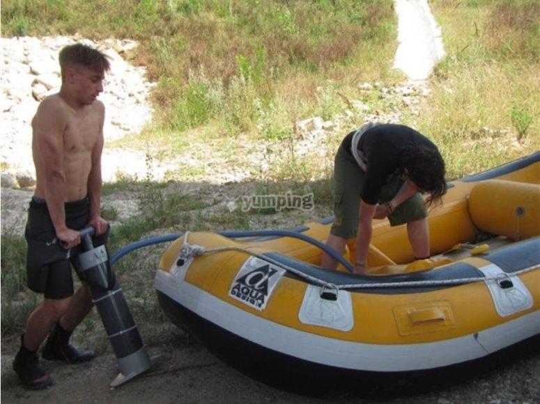 Preparing the dinghy