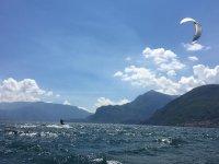 Corso intermedio kitesurf sul Lago di Como 5 ore