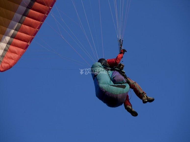 Parapendio in volo