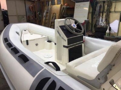 4-hour rubber dinghy rental in Riviera Ponente