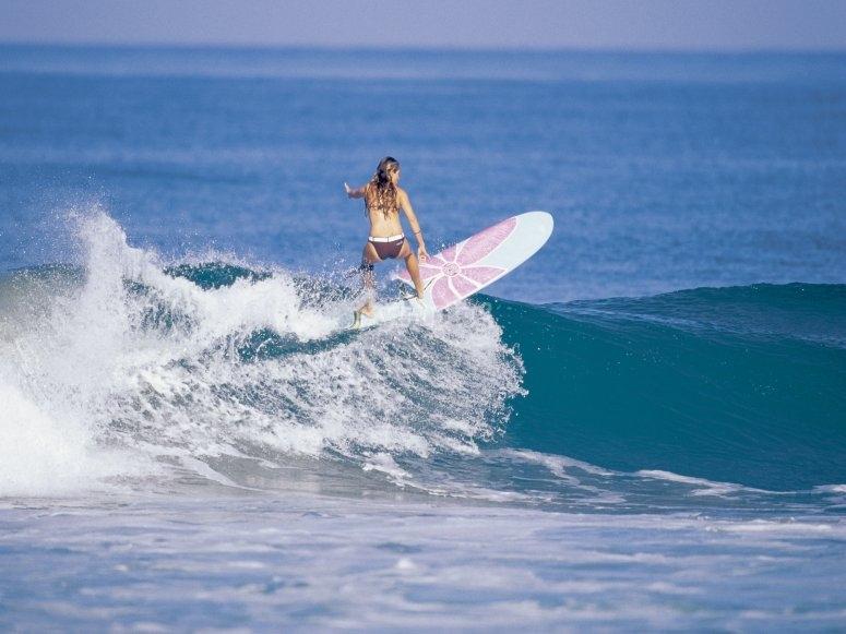 Surfing in Bari