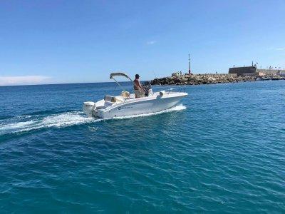 8-hour boat rental in Riviera Ponente