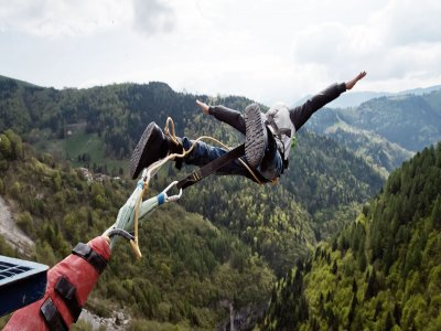 Bungee jumping 175 m con foto e video in Valgadena