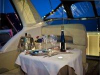 Cena in yacht Costiera Amalfitana
