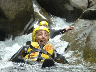 Canyoning nel Torrente Avisio, Val di Fiemme (2h)
