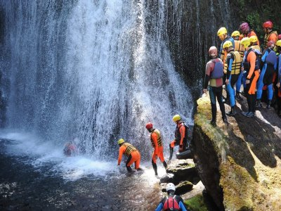 Canyoning nel Torrente Avisio, Val di Fiemme (4h)