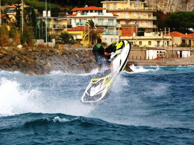 Jet ski with license in Riviera Ponente 1 hour