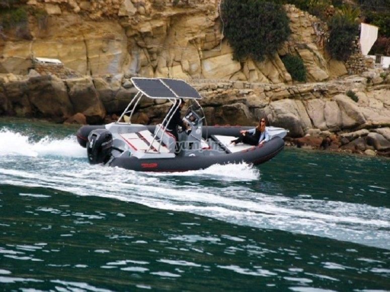Affitto barca Arkos T Top per 15 giorni in Liguria e Costa Azzurra